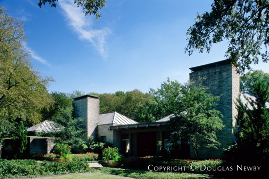 Significant Early Texas Modern Estate Home Designed by Architect David George - 4050 Cochran Chapel Road