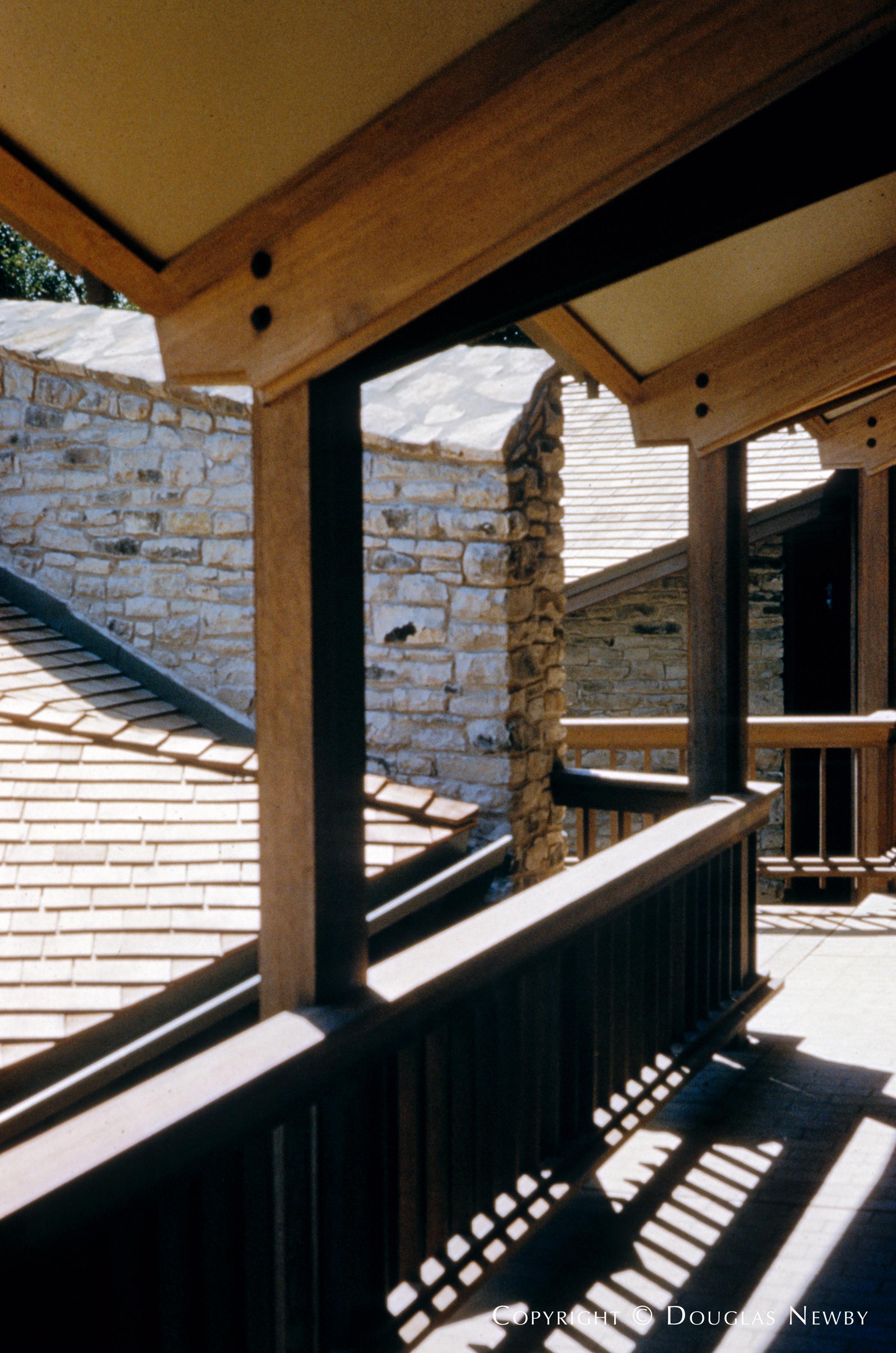 Architect Pratt & Box Designed Home in Bluffview Area