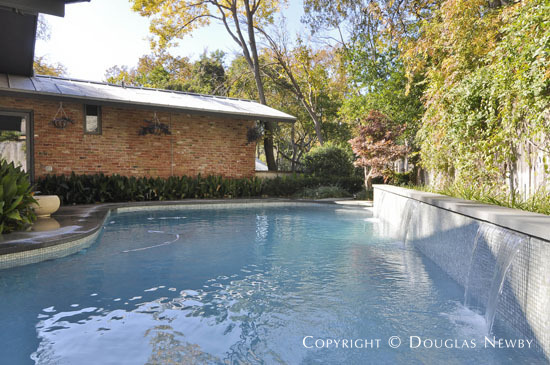 Mid-Century Modern Real Estate in Jan Mar