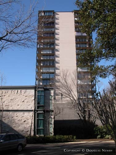 Highrise in Turtle Creek Corridor - 3310 Fairmount Street