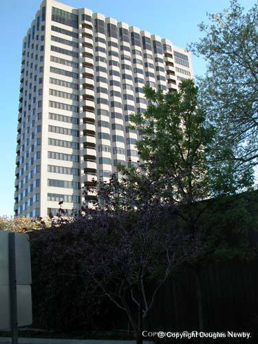 Highrise in Turtle Creek Corridor - 3510 Turtle Creek Boulevard