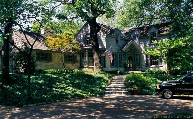 Dallas, Texas Colonial Revival Home