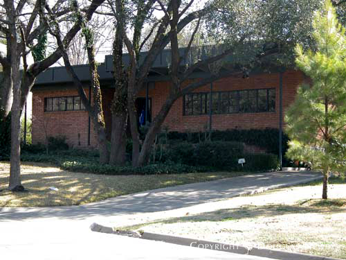 House in Turtle Creek Corridor - 4115 Stonebridge Drive