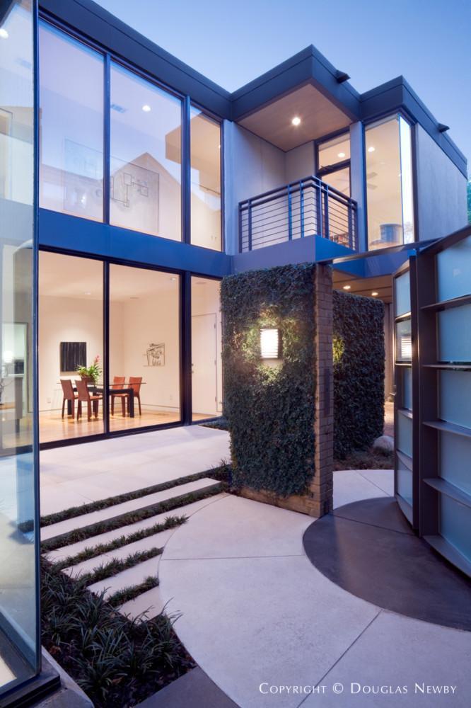Bentley Tibbs Renovation Design of Turtle Creek Modern Home