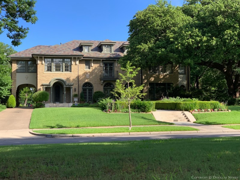 Swiss Avenue Home Designed by C.W. Bulger and Son