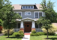 Residence in Munger Place - 4941 Reiger Avenue