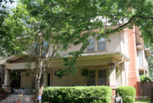 Residence in Munger Place - 4906 Tremont Street