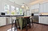 Traditional Design with Contemporary Appliances