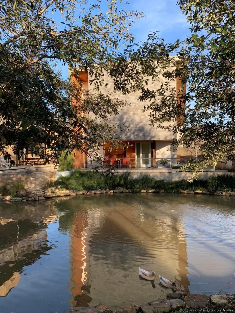 Architect Vince Snyder Designed Modern House