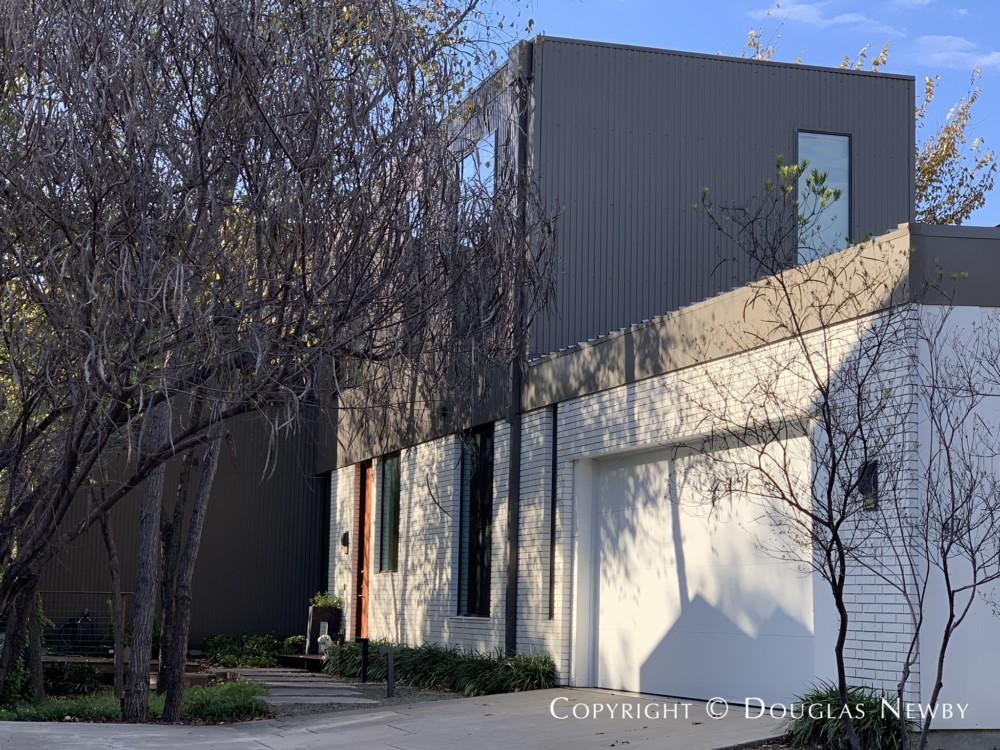 Architect Bang Dang Designed Contemporary Home
