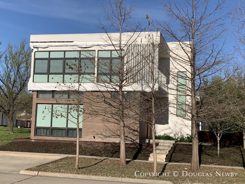 Architect-Designed Jonathan Delcambre Contemporary Residence