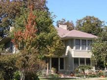 Prairie House in East Dallas - 1523 Abrams Road
