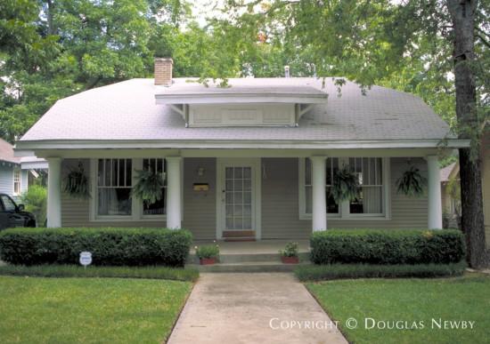 Residence in East Dallas - 6110 Bryan Parkway