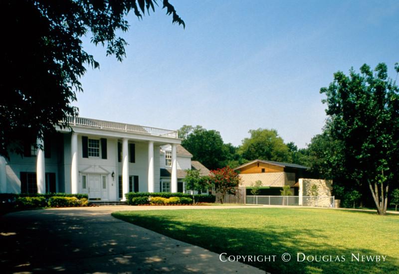 Modern Real Estate in Northwest Hills