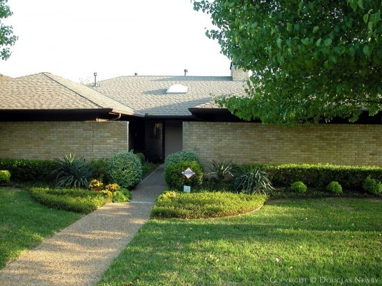 House in East Dallas - 9444 Viewside Drive